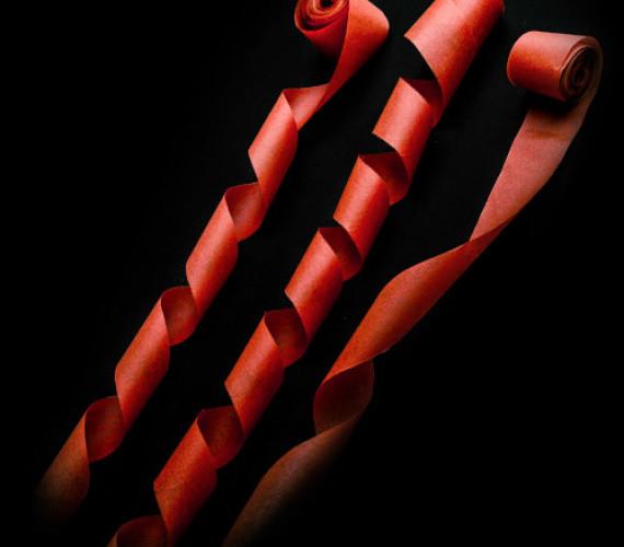 Серпантин бумажный 2смх5м красный